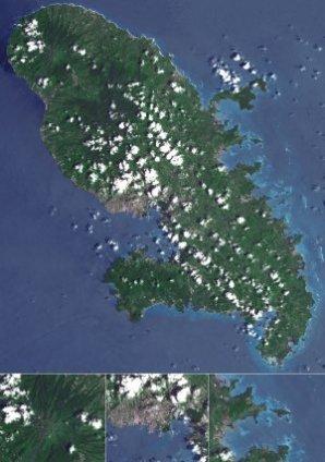 La Martinique. Ci dessous, de gauche à droite, la montagne Pelé, Fort-de-France, la Baie du Robert (18 décembre 2006).